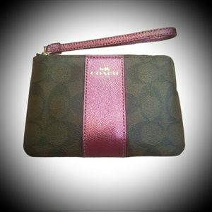 NWT Coach wristlet in signature C and metallic pur
